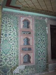 Topkapı Palace (birdfarm) Tags: turkey tile türkiye istanbul tiles ottoman topkapipalace topkapıpalace İstanbul topkapi topkapı ottomanarchitecture turkishtiles ottomanempire topkapısarayı ottomandecoration