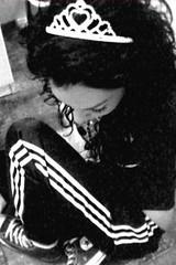 Jolie Jenni (fan_gab) Tags: friends white black friend noiretblanc copine