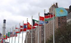 BaiRaQNaa 3aaaLy 3aaaLy (q8Chunky) Tags: sky high flag un kuwait q8