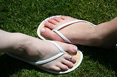 flip flops (Something To See) Tags: wedding green feet grass foot shoes flipflops toering frenchpedicure