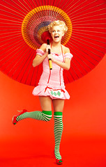 Swiss Miss with Chinese Umbrella (DH Kong) Tags: red beauty fashion tag3 taggedout umbrella model tag2 tag1 swiss blond miss modelbehav