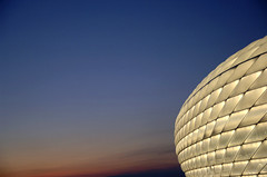 Spaceship in Munich (t.klick) Tags: germany munich deutschland football fussball stadium soccer weltmeisterschaft raumschiff arena spaceship worldcup openingceremony fifaworldcup allianzarena fussballwm fusball  worldcup2006 scoreme scoreme39 fifawm2006 tklick sadion fusballwm