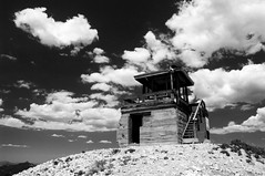 Room with a View (bw) (serac) Tags: cloud cabin colorado perch steamboat forestfirelookout hahnspeak