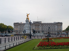 Buckingham Palace - by Djof
