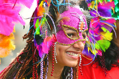 Jô na avenida.... (Boarin) Tags: pessoas mulher carnaval alegria ehehehe pelourinho fotógrafa passista sambista abigfave flickrdiamond eueufeliz pekcolor