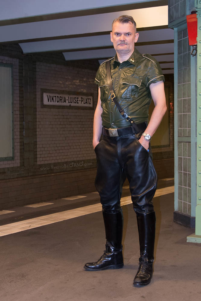gay cop boot fetish
