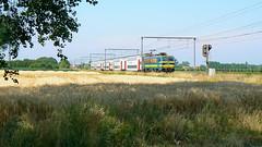 Hle 2759 @ Nieuwkerken-Waas (Tren di Cdrico) Tags: station train belgium belgi siemens double bn deck m6 trein flanders bombardier sintniklaas nmbs sncb spoorlijn t27 l59