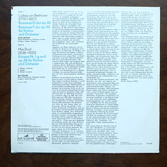 Backside Bruch - Concerto Violin & Orch. No.1 op.26, Beethoven - Romances No.1 op.40 & No.2 op.50 - David Oistrach & Igor Oistrakh Violin, Royal Phil. Orch., Igor Oistrakh & Eugene Goossens, Melodia VEB Eterna C 0155-56, 1976 (Piano Piano!) Tags: art cover lp sleeve 1976 hoes 12inch plaat langspeelplaat royalphilorch bruchconcertoviolinorchno1op26 beethovenromancesno1op40no2op50davidoistrachigoroistrakhviolin igoroistrakheugenegoossens melodiavebeternac015556 coverarthoeshulle12inch discdisquerecordalbumlplangspeelplaatgramophoneschallplattevynilvinyl