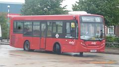 P1350572 8118 YX13 EHE at Hatton Cross Bus Station Hatton Cross London (LJ61 GXN (was LK60 HPJ)) Tags: 8118 c2571 enviro200 89m abelliolondon e200d enviro200d yx13ehe 8943mm