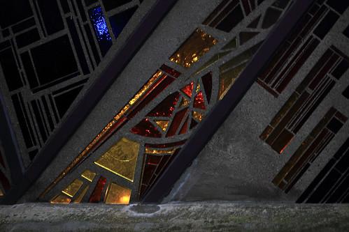 """Ein Licht im Fenster • <a style=""""font-size:0.8em;"""" href=""""http://www.flickr.com/photos/69570948@N04/31064025273/"""" target=""""_blank"""">Auf Flickr ansehen</a>"""