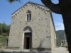 Santuario di Nostra Signora della Salute (Matteo Bimonte) Tags: liguria parconazionaledellecinqueterre cinqueterre fivelands 5terre volastra architettura romanico
