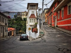 Valparaiso, Chile (Costa Rica Bill) Tags: buildingexterior architecture builtstructure transportation street city road outdoors landvehicle residentialbuilding day sky nopeople