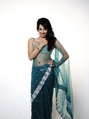 South Actress SANJJANAA Unedited Hot Exclusive Sexy Photos Set-18 (22)