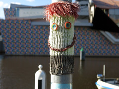 Blijmaker (Passetti) Tags: streetart museum fun happy sweet buttons kunst nederland groningen lief sok knoppen 2015