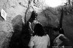 Festa-de-Trindade-1949 (Murilo Pimenta) Tags: gua de maria jesus igreja luzes criana festa pai velas pedras pais f sobre orao deus gruta devoo virgem trindade chamas cascata romaria eterno orar tradio divino pedir