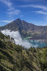 _DSC0254SSRw (a.faizal) Tags: mountain lake indonesia asian volcano asia hiking hike hikers volcanic lombok asean anak mountaineer danau rinjani segara lombokisland mountrinjani segaraanak danausegaraanak segaraanaklake