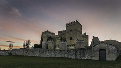 Sunset over the castle of Ampudia (Job I) Tags: ampudia castillo castle stone medieval fortress wall antique old times sunset defense sky colours palencia castilla león spain europe travel tourism architecture