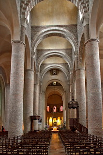 Saint-Philibert Abbey  - the interior