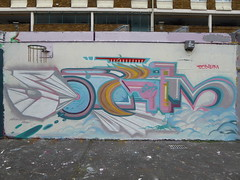 Sodium graffiti, Stockwell (duncan) Tags: graffiti stockwell sodium