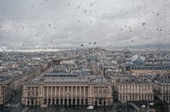 paris v.2 (victortsu) Tags: architecture paris france hôteldelamarine placedelaconcorde granderoue ferriswheel rodagigante landscape paysage rain pluie chuva victortsu ricohgr montmartre