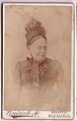 Phot: Knirsch Antal, Budapest (Ferencdiak) Tags: old lady black dress budapest hungary knirsch cdv öreg hölgy idős nő 1890s
