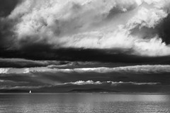 ...to Oliver... (fredf34) Tags: blackandwhite bw cloud white black france landscape noiretblanc pentax nuages paysage ricoh voilier tang ste k3 hrault thau marseillan fredf tangdethau fredf34 pentaxk3 ricohpentaxk3 fredfu34