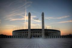 Olympiastadion (Pinky0173) Tags: sky berlin himmel olympia olympicstadium ringe olympicsummergames pinky0173 thrunfotografie olympiccanon