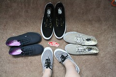 I have an addiction (SierraxMichelle) Tags: wall women lo off skate pro vans canoneosrebelxs sierraking sierraisaloserr sierraxmichelle