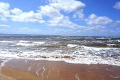 (tomasfoto.se) Tags: sea summer beach strand waves sweden sverige westcoast sommar vstkusten