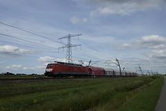 DB Schenker Rail 189 100-1 (9180 6189 100-1 D-DB) met kalktrein vanuit Duitsland over de Betuweroute bij Angeren 31-07-2015 (marcelwijers) Tags: de over rail db 100 met ddb bij duitsland 1001 189 vanuit schenker betuweroute 6189 9180 angeren kalktrein 31072015