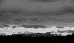 Föhnlage im Säntisgebiet (@frauchi) Tags: natur landschaft himmel wolken canon eos700d berge berglandschaft föhn sturm wetterlage