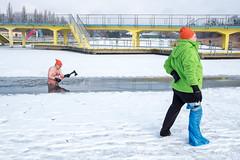 20170121-jacekszust.jpg (Jacek Szust) Tags: axe injured snow winter jacekszust streetphotography documentary