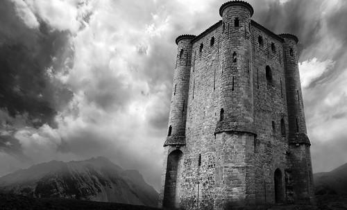 "Torres legendarias / Faros, minaretes, campanarios, rascacielos • <a style=""font-size:0.8em;"" href=""http://www.flickr.com/photos/30735181@N00/31722253473/"" target=""_blank"">View on Flickr</a>"