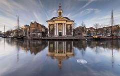 Schiedam, Lange Haven (Jan Sluijter) Tags: schiedam langehaven havenkerk jenevermuseum jeneverlogies holland zuidholland netherlands visitholland winter frozen vorst ijs gracht