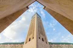 Hassan II mosque (GC - Photography) Tags: azul blue nubes clouds cielo sky mezquita mosque minarete minaret arquitectura architecture gcphotography casablanca marruecos morocco hassanii maroc