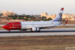 Norwegian Air Shuttle --- Boeing 737-800 --- LN-NGY (Drinu C) Tags: plane aircraft aviation sony boeing dsc 737 mla 737800 norwegianairshuttle lmml hx100v adrianciliaphotography lnngy