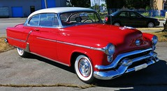 1953 Oldsmobile Ninety-Eight Holiday (Custom_Cab) Tags: door red 2 two white holiday hardtop car 98 eight tone olds oldsmobile 1953 ninetyeight ninety 2door