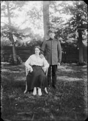 Poserende mensen (Regionaal Archief Alkmaar Commons) Tags: uniform ww1 bergen greatwar soldaat bonda eerstewereldoorlog wo1