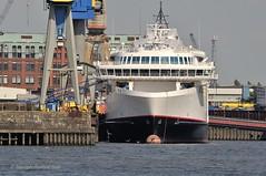 Hamburg (Bernhard Fuchs) Tags: water boat nikon ship ships hamburg vessel elbe schiffe