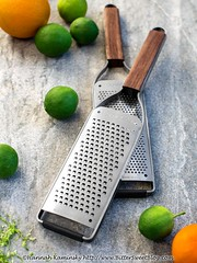 Microplane (Bitter-Sweet-) Tags: vegan food product review tools kitchen cooking microplane zester grater rasp zest citrus lemon lime peel fine coarse