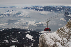 Going up (mightymightymatze) Tags: switzerland schweiz winter 2017 pilatus mountpilatus alpen alps mountains mountain berge berg schnee snow gondola gondel