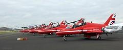 Redarrows IMG_0140 (M0JRA) Tags: farnborough international airshow bizz jets redarrows flying planes aircraft landings take off