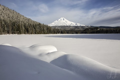 Trillium Snow Field (Joshua Johnston Photography) Tags: joshuajohnston canon6d landscapephotography nature oregon pacificnorthwest pnw trilliumlake mthood snow winter
