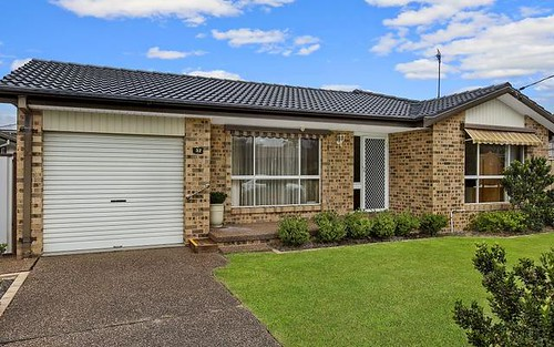 32 Gregory Street, Berkeley Vale NSW 2261