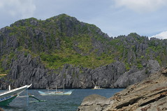 Boat, Tour A, El Nido, Palawan, Philippines (ARNAUD_Z_VOYAGE) Tags: islands island philippines landscape boat sea southeast asia city people amazing asian street action cars jeepney tricycle architecture river tourist capital town municipality filipino filipina colors building house provincial province village altitude mountain mountains panay trycicle beach beaches white sand el nido palawan turquoise nature coral reefs limestone cliffs bacuit archipelago most beautiful world puerto princesa