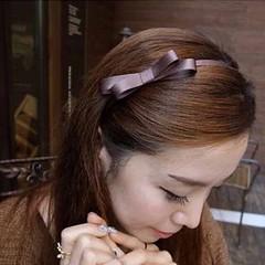 ที่คาดผม coffee color headband  ผ้าพันคอ โบว์ผูกผมแฟชั่นเกาหลี นำเข้า พร้อมส่งทุกแบบ100บาท ราคาพิเศษเฉพาะลูกค้าที่สั่งทางไลน์เท่านั้นจากราคาปกติ150บาท ที่คาดผมแบบลวดที่คาดผมเกาหลี ที่คาดผมทำด้วยผ้าชีฟองปลายรูปโบว์วินเทจใหม่น่ารักมากๆขนาดฟรีไซส์สวมใส่ได้ทุ