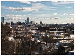 Boston, Massachusetts (El Alcalde de l'Antartida) Tags: city sky urban panorama boston skyline clouds cityscape skyscrapers massachusetts towers newengland metropolis urbano prudential paesaggio citta