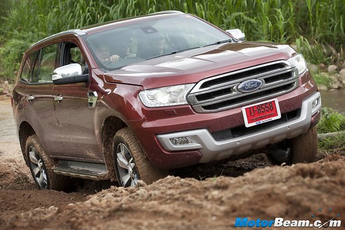 2015-Ford-Endeavour-01