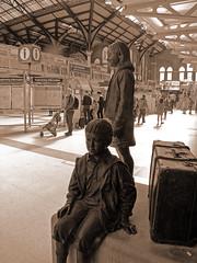 London Liverpool Street (Beechwood Photography) Tags: london kinder liverpoolstreetstation cityoflondon winton bronzesculpture sirnicholaswinton