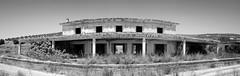Estacin a ninguna parte (keko click) Tags: baezautiel baezabegjar estacin estacinbaezabegjar bu railwaystation panorama bw bn
